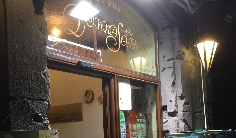 DonnaSophiaEntrata