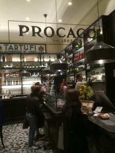 ProcacciDentro15111